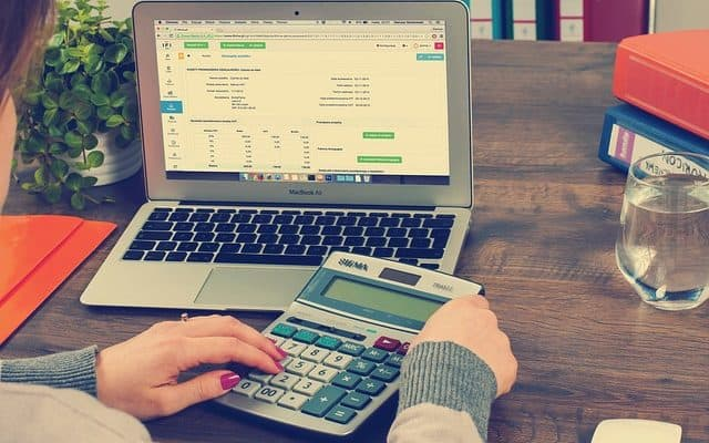 8 Essential Features To Look For In Payroll Software