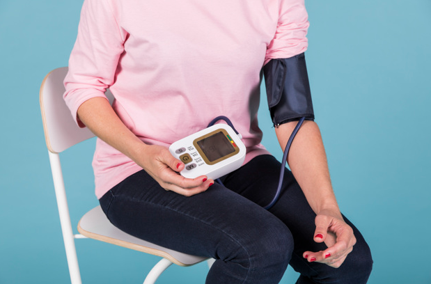 A Quick Buying Guide - Digital Blood Pressure Monitor